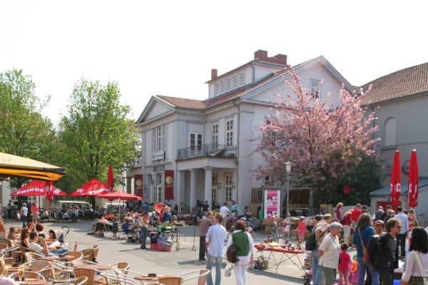 Außenaufnahme des Jungen Theaters am Göttinger Wochenmarkt