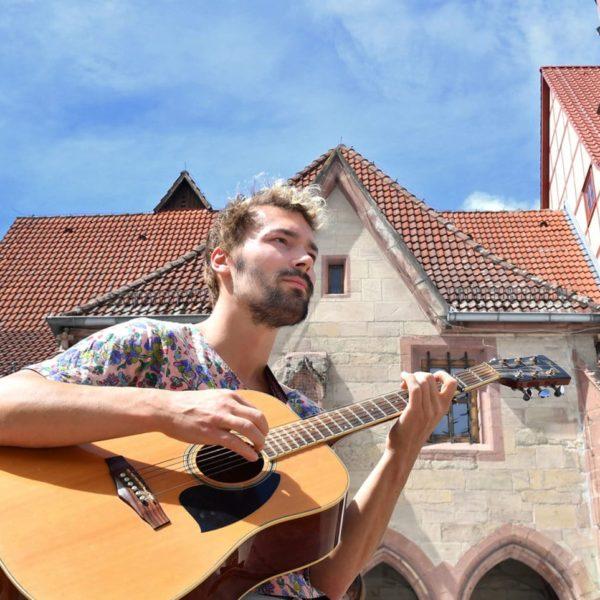 Für ein paar Münzen: Straßenmusik in Göttingen