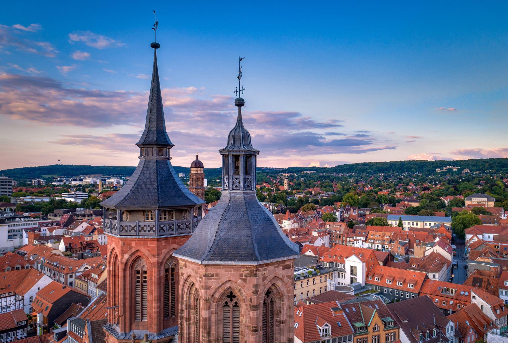 In Göttingen trifft Moderne und Geschichte aufeinander.